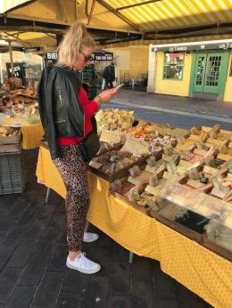 Een van de velen marktjes van Nice.