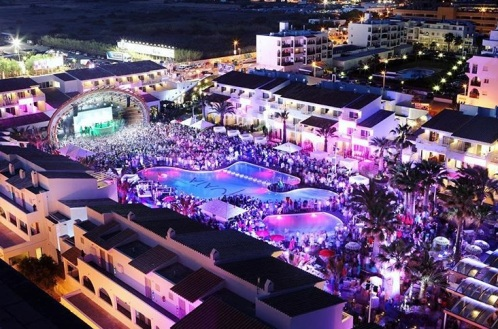 Feesten op Ibiza? Het kan allemaal!