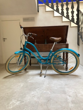 Gratis fietsverhuur om de stad te verkennen.